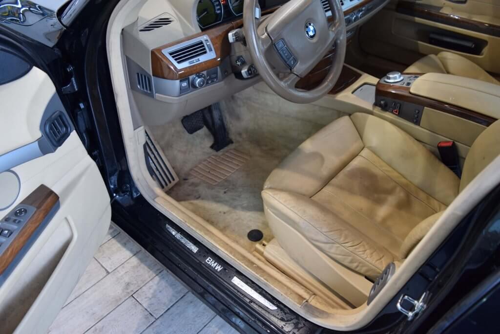 BMW Innenreinigung Lederpflege und Teppichreinigung