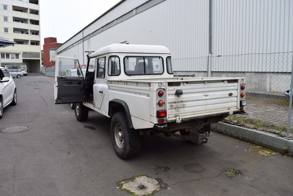 Lackpflege Land Rover Autoaufbereitung Frankfurt